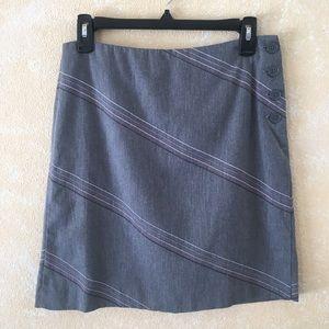 LOFT Embroidered Pencil Skirt